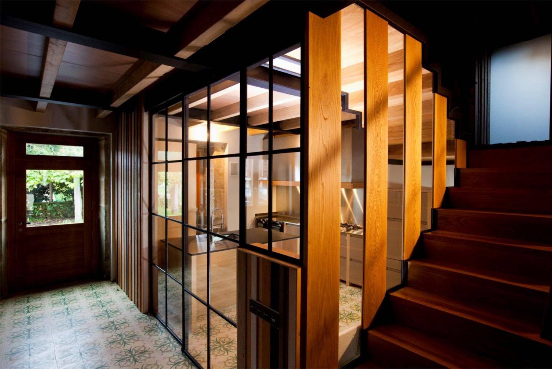 cocina reforma escaleras casa cristalera1