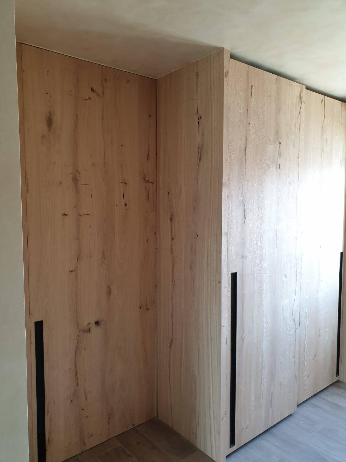 decoracion-rosa-lopez-decoradora-interiores-madera-mobiliario-pared-microcemento3